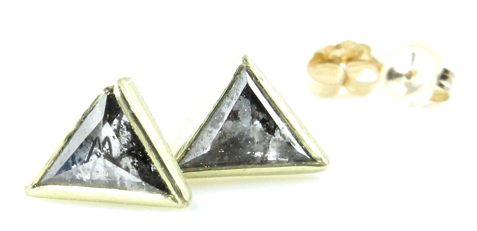 Salt & pepper diamond stud earrings with 18k gold