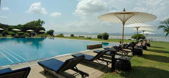 Thiripyitsaya-Hotel-Bagan-Swimming-Pool.jpg