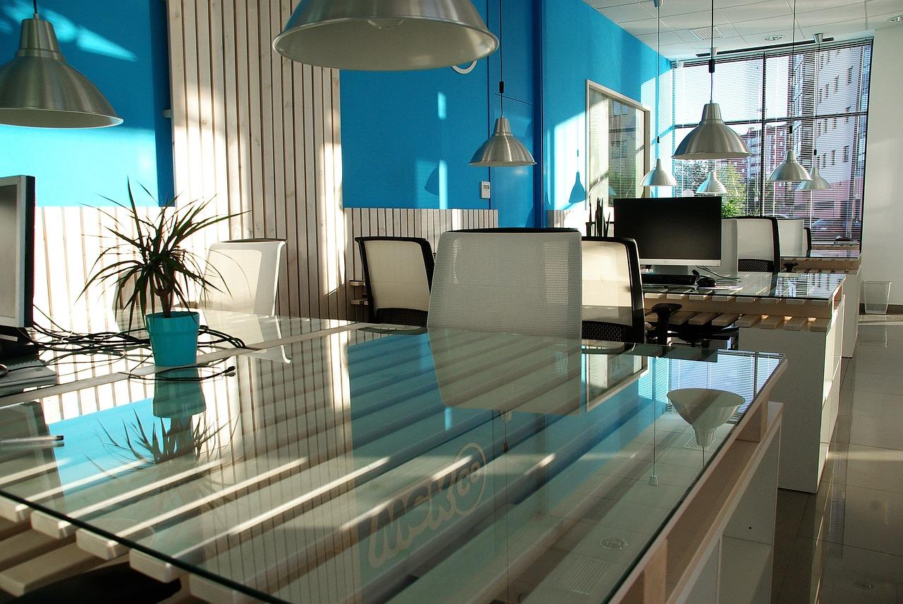 office-space-1744803_1280.jpg