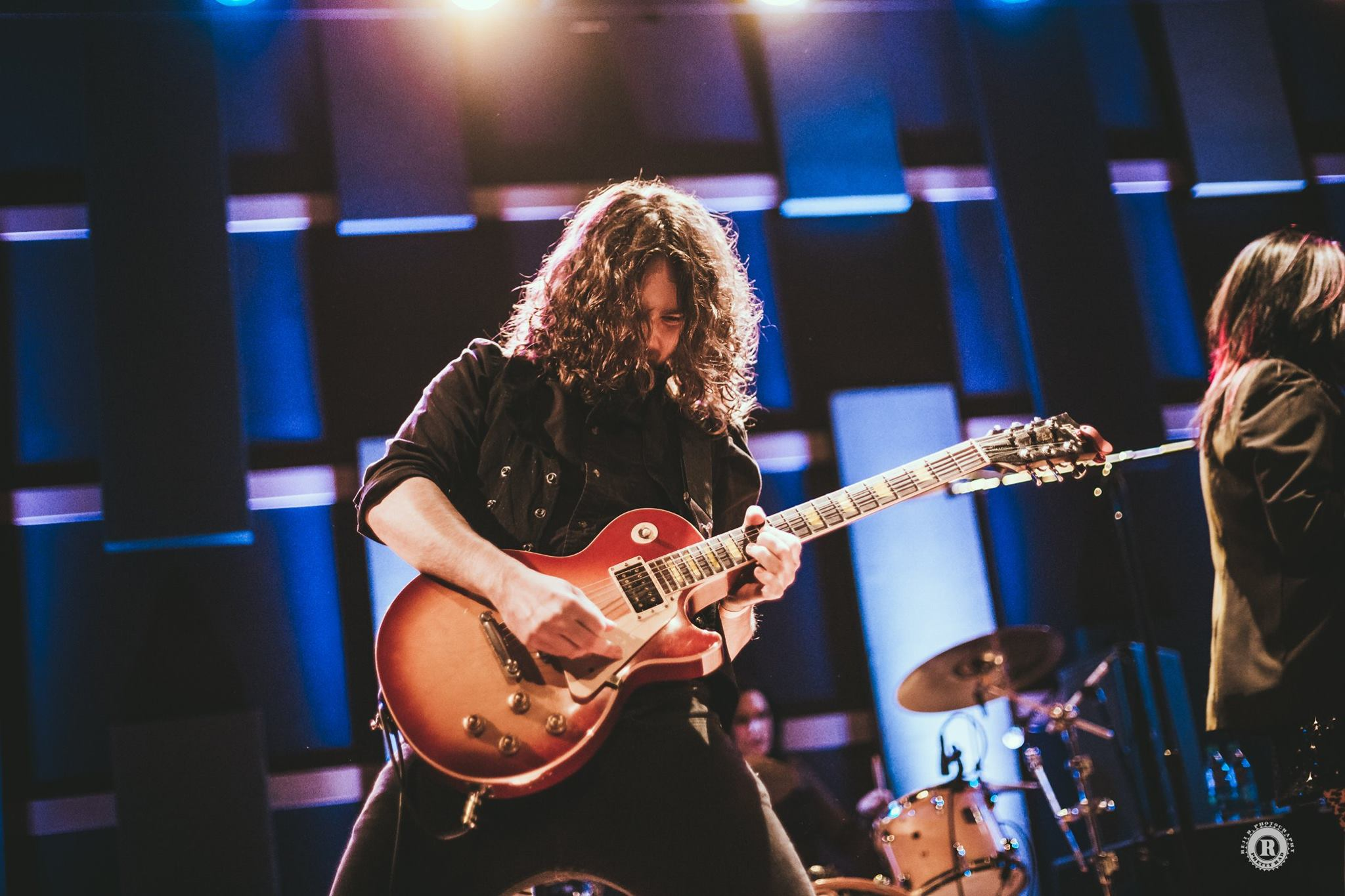 Mike Reisman : Lead guitarist and vocalist for Soraia. His fierce, searing guitars add the melody and magic to the music. The band's energetic, intoxicating live show is felt through Mansour's and Reisman's interactions on stage.