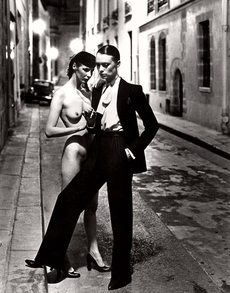 Le Smoking  (1975) Helmut Newton