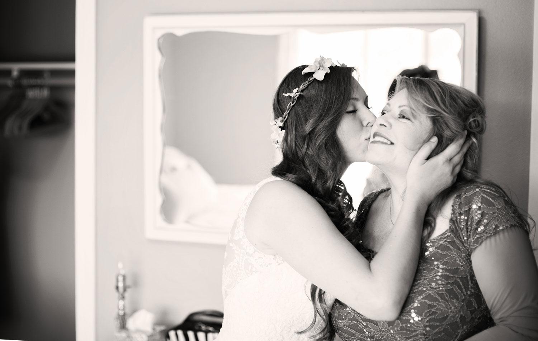 photojournalistic-wedding-photographer-seattle-best-of-western-wa-mother-of-bride.jpg