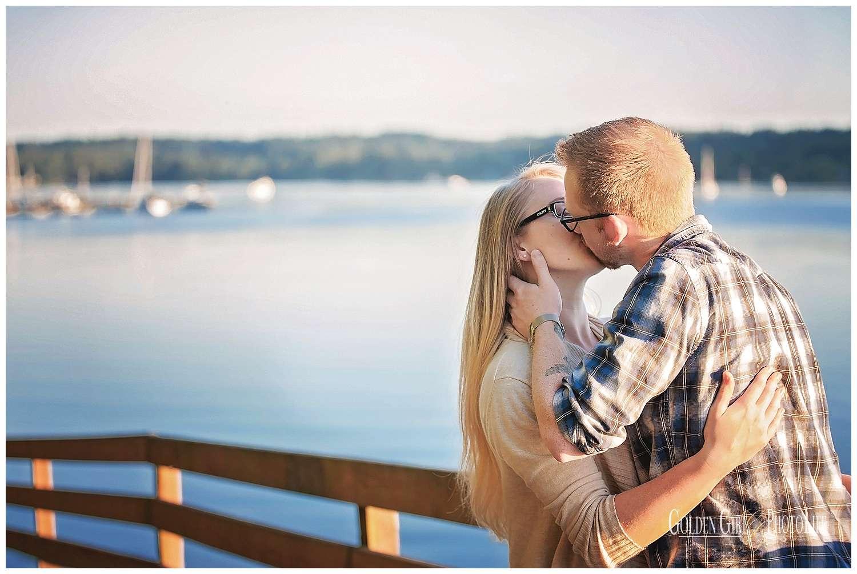 western-wa-seattle-wedding-photographer-engagement-downtown-poulsbo-marina-waterfront_0066.jpg