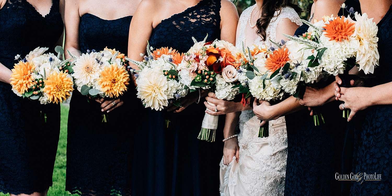 Kiana Lodge Bainbridge Island autumn wedding | florals by Garden Party Flowers
