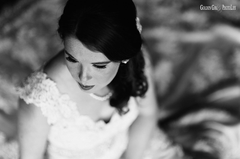 Kiana Lodge Bainbridge Island WA bridal session photo