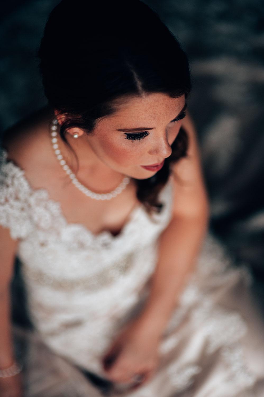 kiana-lodge-port-gamble-wedding-bridal-portrait-photo.jpg