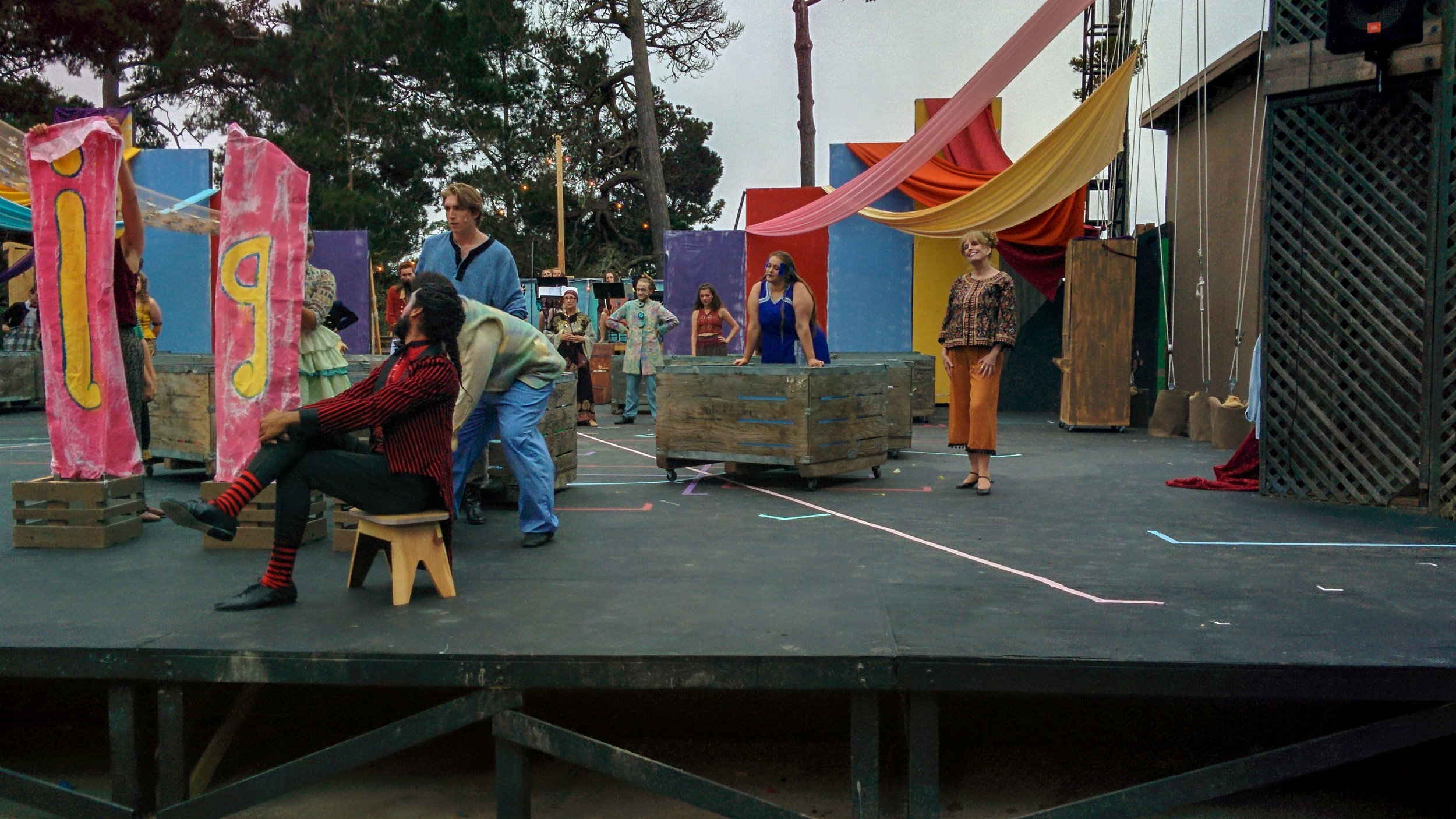 Cast of Pippin 2017 bring the play's opening to their first audience with smiles and laughter.