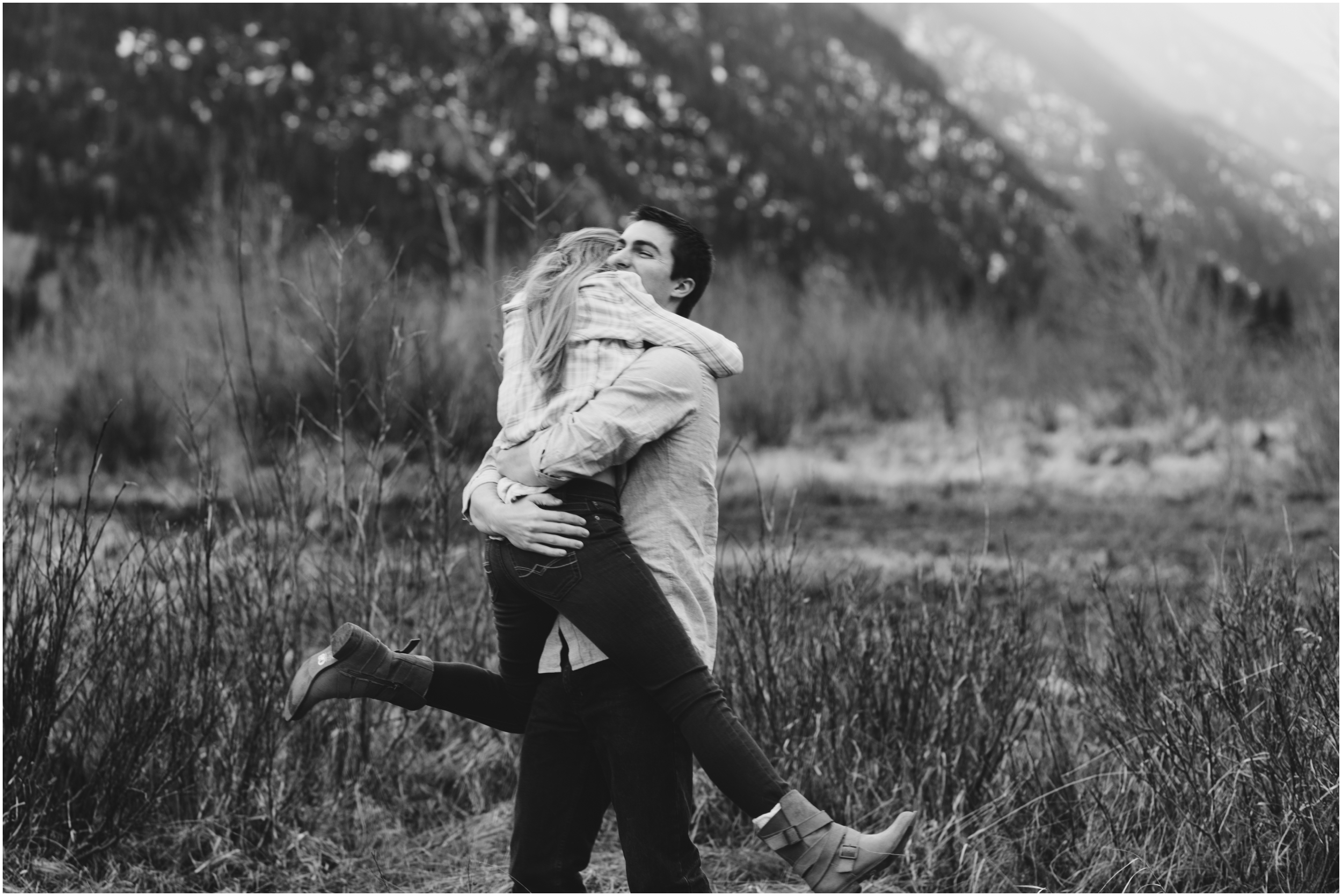 rocky-mountain-national-park-engagement-session-colorado-wedding-photographer-endo-valley__0010.jpg