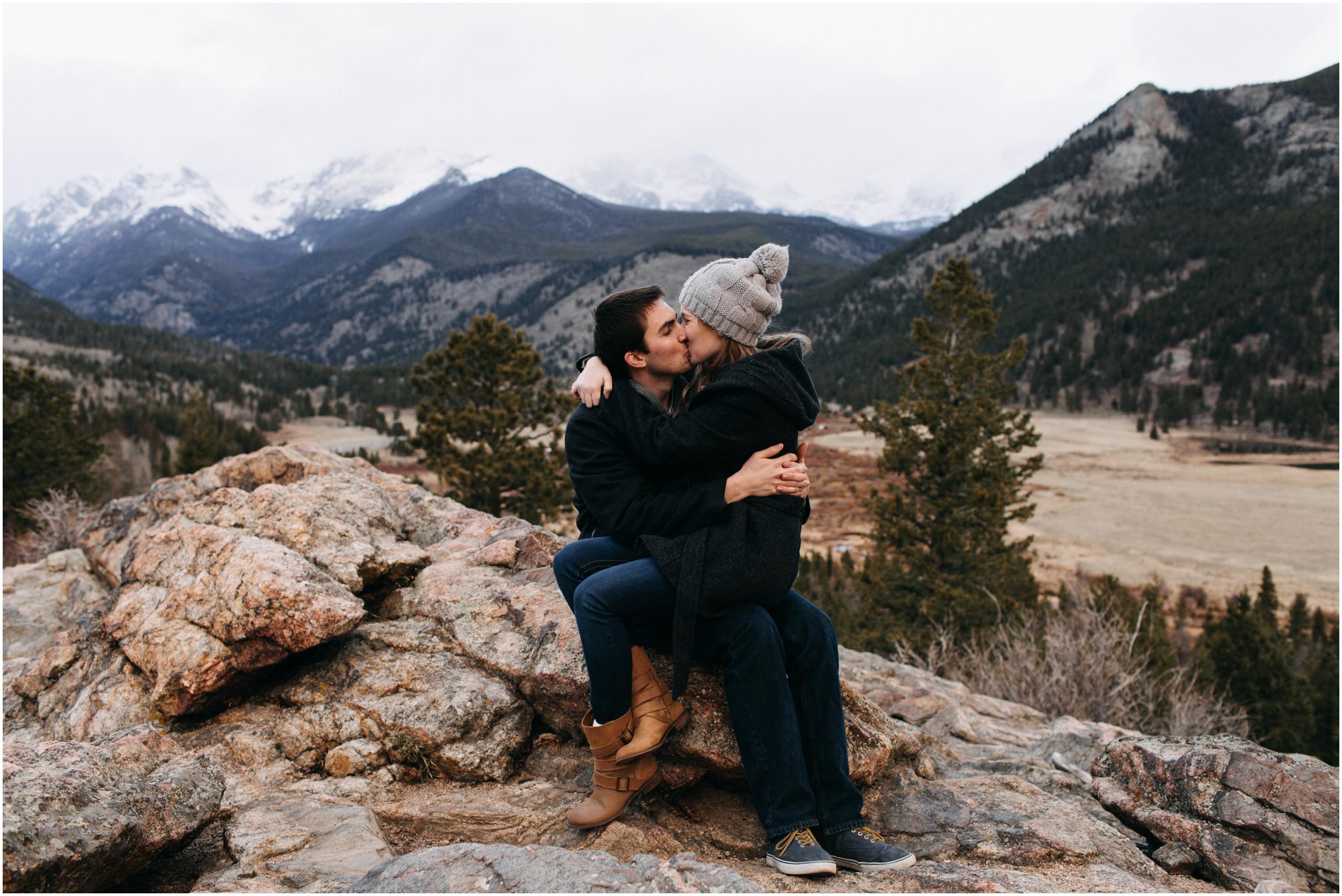 rocky-mountain-national-park-engagement-session-colorado-wedding-photographer-endo-valley__0122.jpg