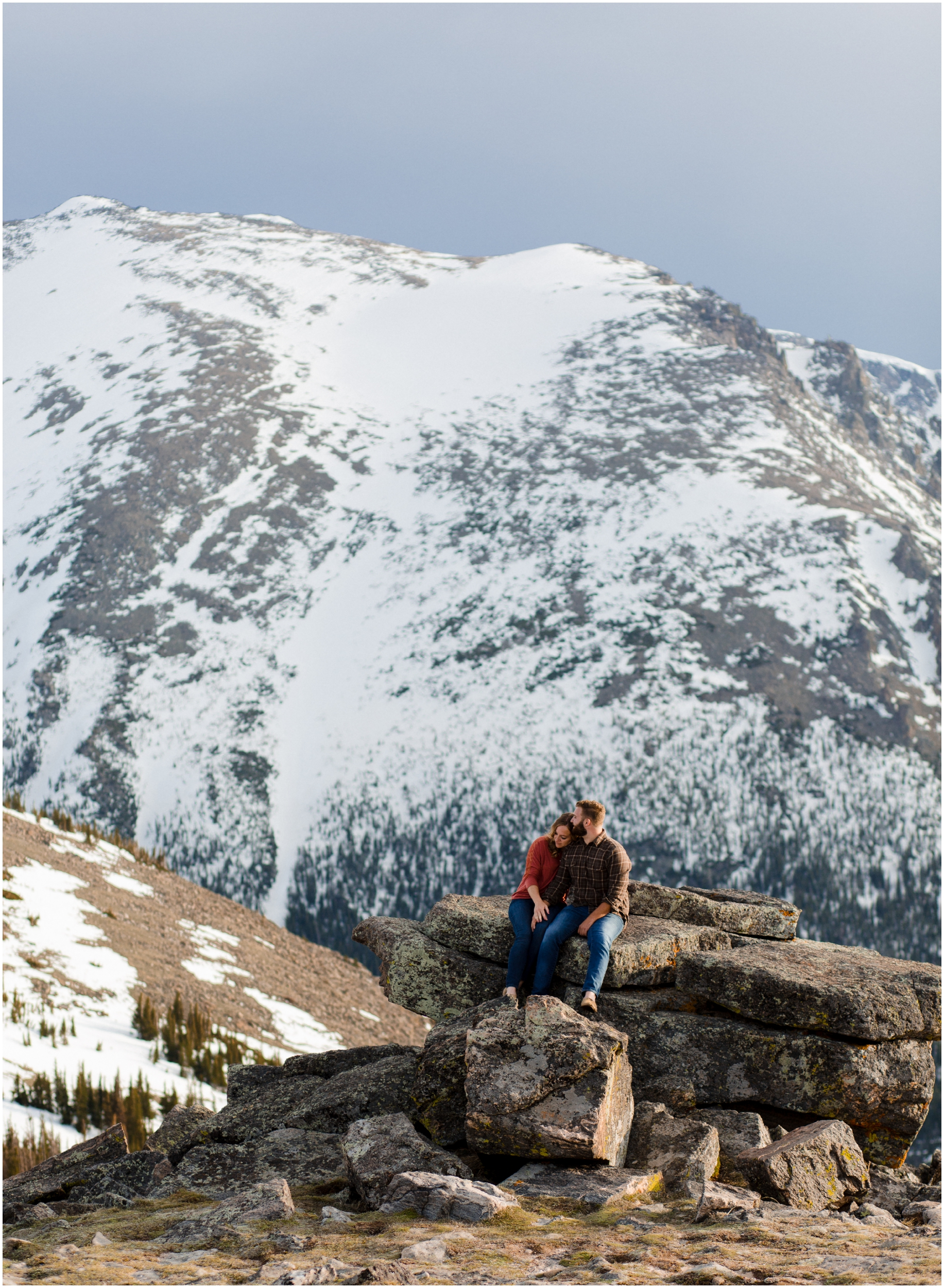 Jessica_Daniel_Colorado_adventure_engagement_session_rocky_mountain_national_park_trail_ridge_road__0022.jpg