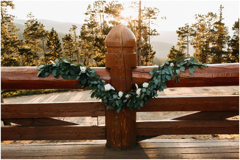 NadegeandJoe_elegant_winter_park_wedding_lodge_at_sunspot_mountain_taylor_powers_0194.jpg