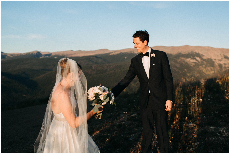 NadegeandJoe_elegant_winter_park_wedding_lodge_at_sunspot_mountain_taylor_powers_0204.jpg