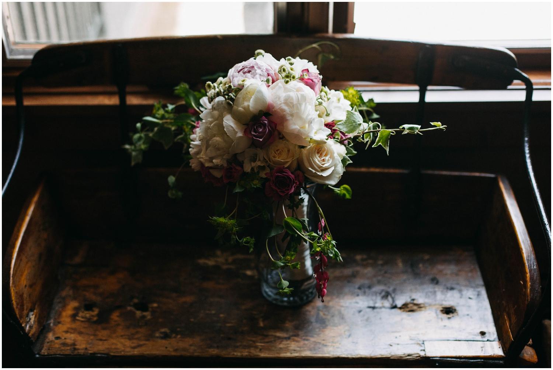 Courtney+Jamie_modern_vail_village_wedding_colorado_taylor_powers_0031.jpg