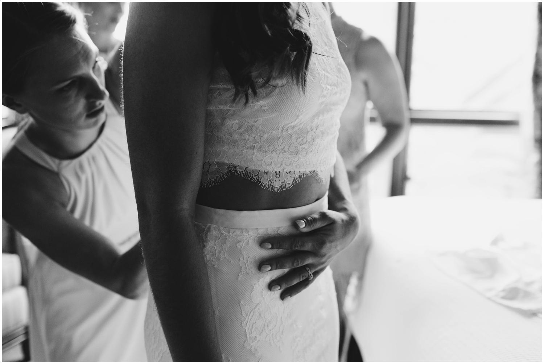 Courtney+Jamie_modern_vail_village_wedding_colorado_taylor_powers_0035.jpg