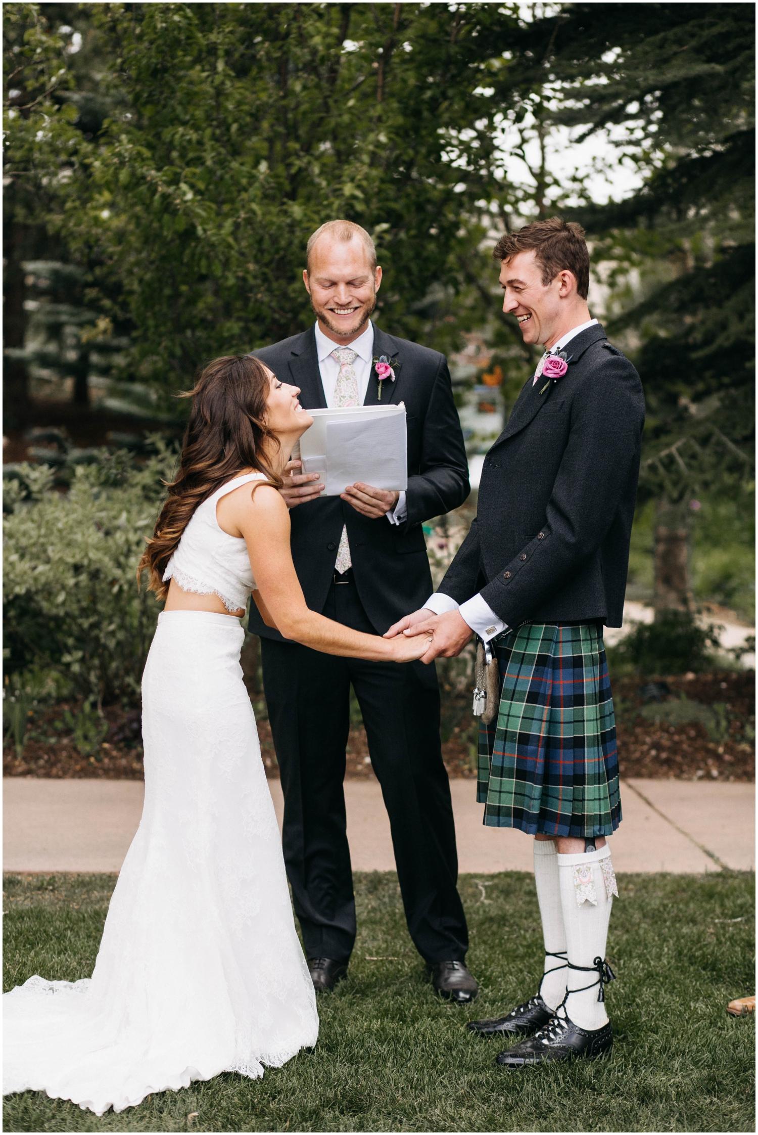 Courtney+Jamie_modern_vail_village_wedding_colorado_taylor_powers_0080.jpg