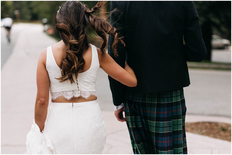 Courtney+Jamie_modern_vail_village_wedding_colorado_taylor_powers_0092.jpg