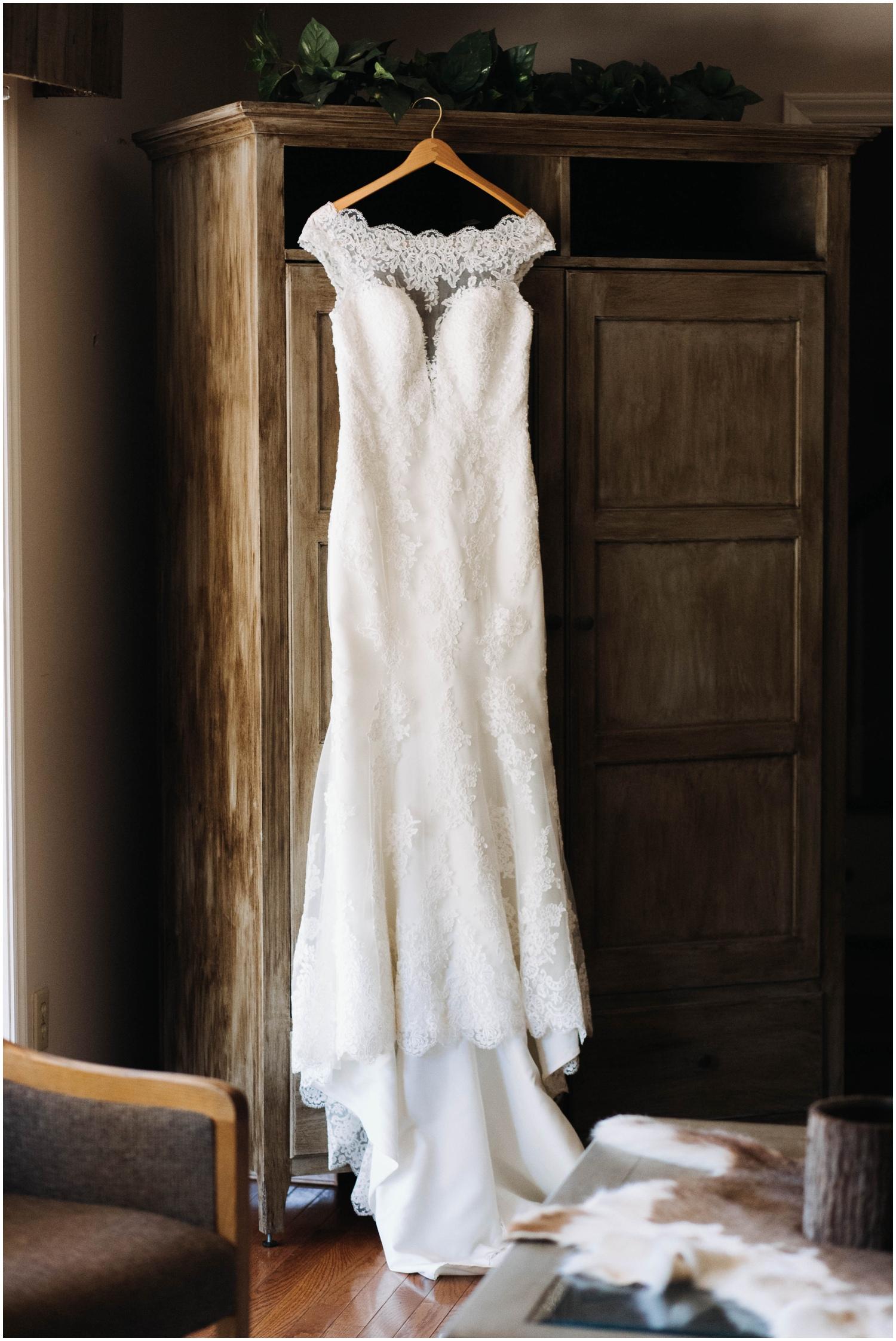 Jess+Dan_rustic_southern_farm_fall_wedding_charlotte_north carolina_taylor powers_0019.jpg