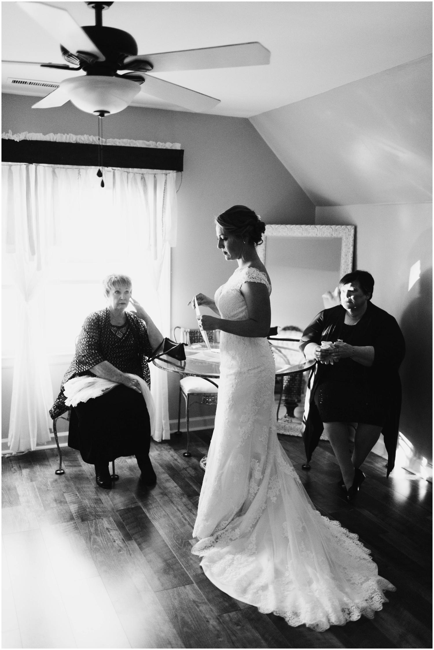 Jess+Dan_rustic_southern_farm_fall_wedding_charlotte_north carolina_taylor powers_0086.jpg