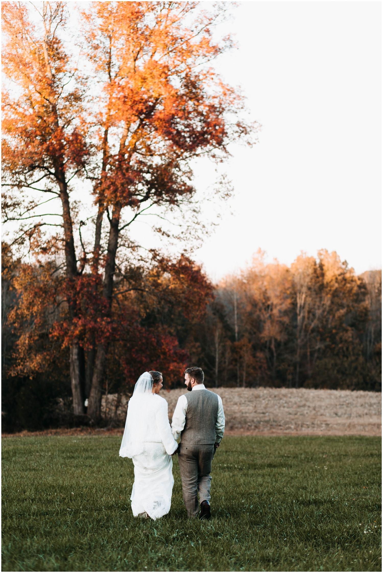 Jess+Dan_rustic_southern_farm_fall_wedding_charlotte_north carolina_taylor powers_0203.jpg