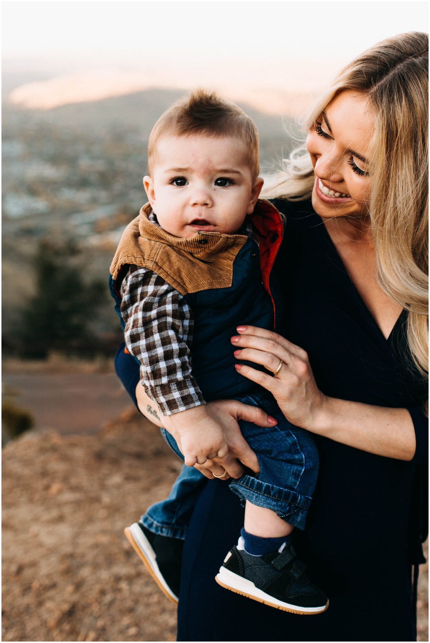 lookout_mountain_engagement_session_family_session_golden_colorado_adventure_couple__0025.jpg