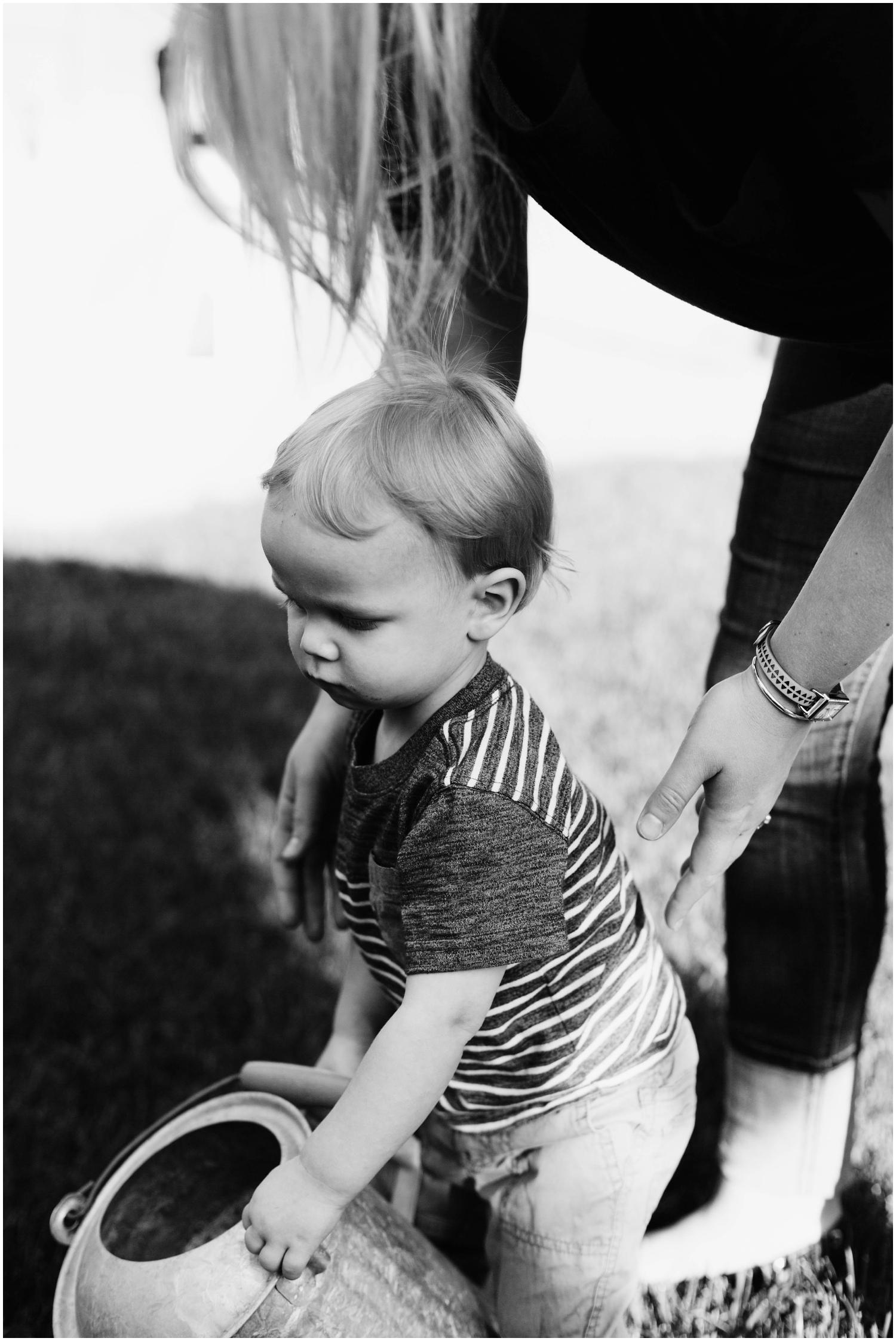 colorado_family_photo_session_unposed_childhood_denver_adventure_taylor_powers__0028.jpg