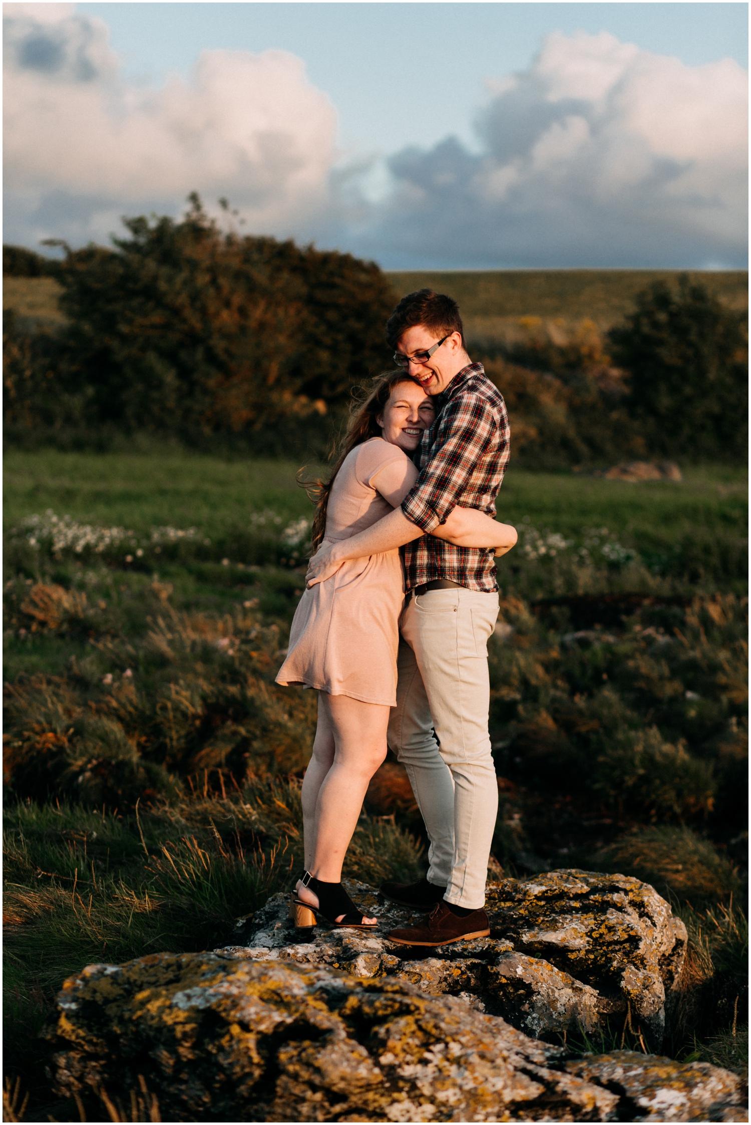ireland_engagement_adventure_session_irish_couple_international_photographer_taylor_powers__0008.jpg