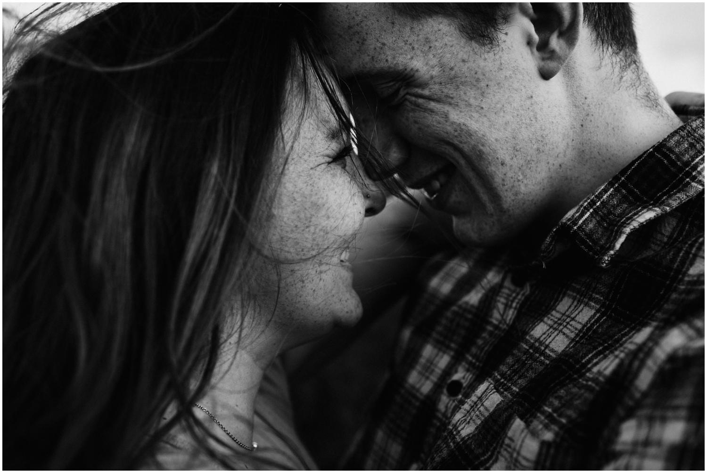 ireland_engagement_adventure_session_irish_couple_international_photographer_taylor_powers__0030.jpg