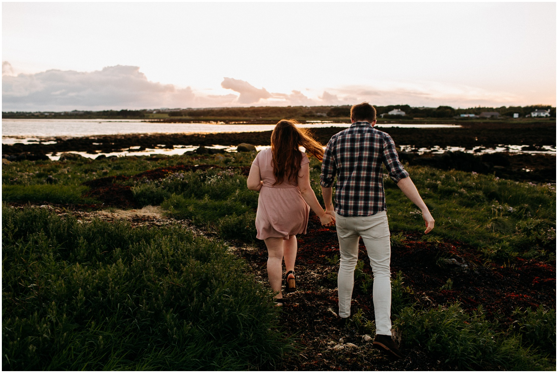 ireland_engagement_adventure_session_irish_couple_international_photographer_taylor_powers__0046.jpg