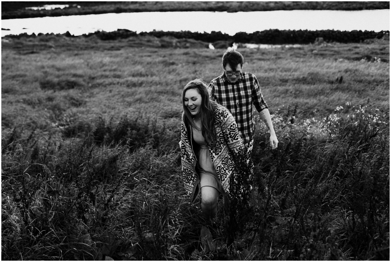 ireland_engagement_adventure_session_irish_couple_international_photographer_taylor_powers__0116.jpg