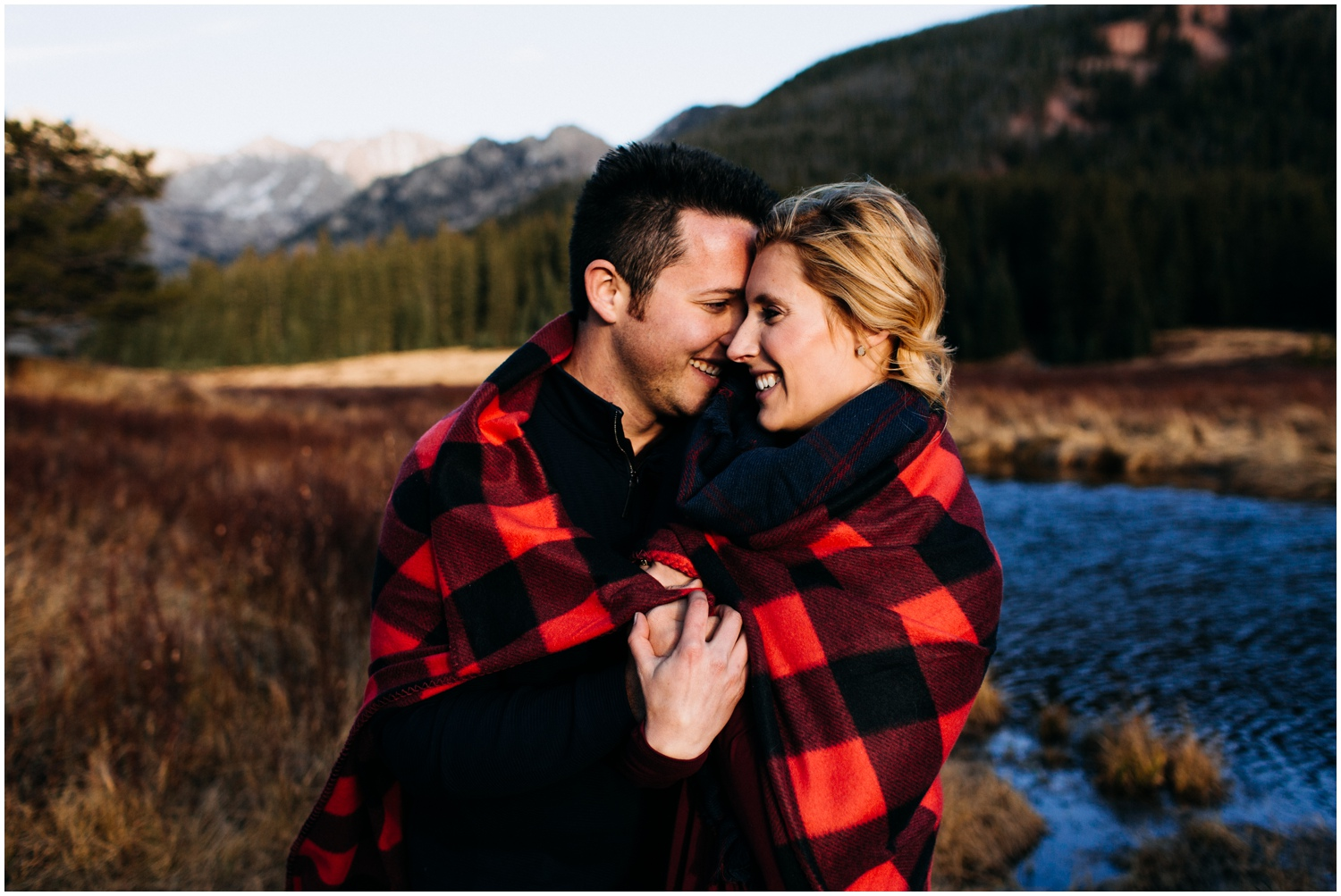 adventure_photo_engagement_session_vail_colorado_taylor_powers__0040.jpg
