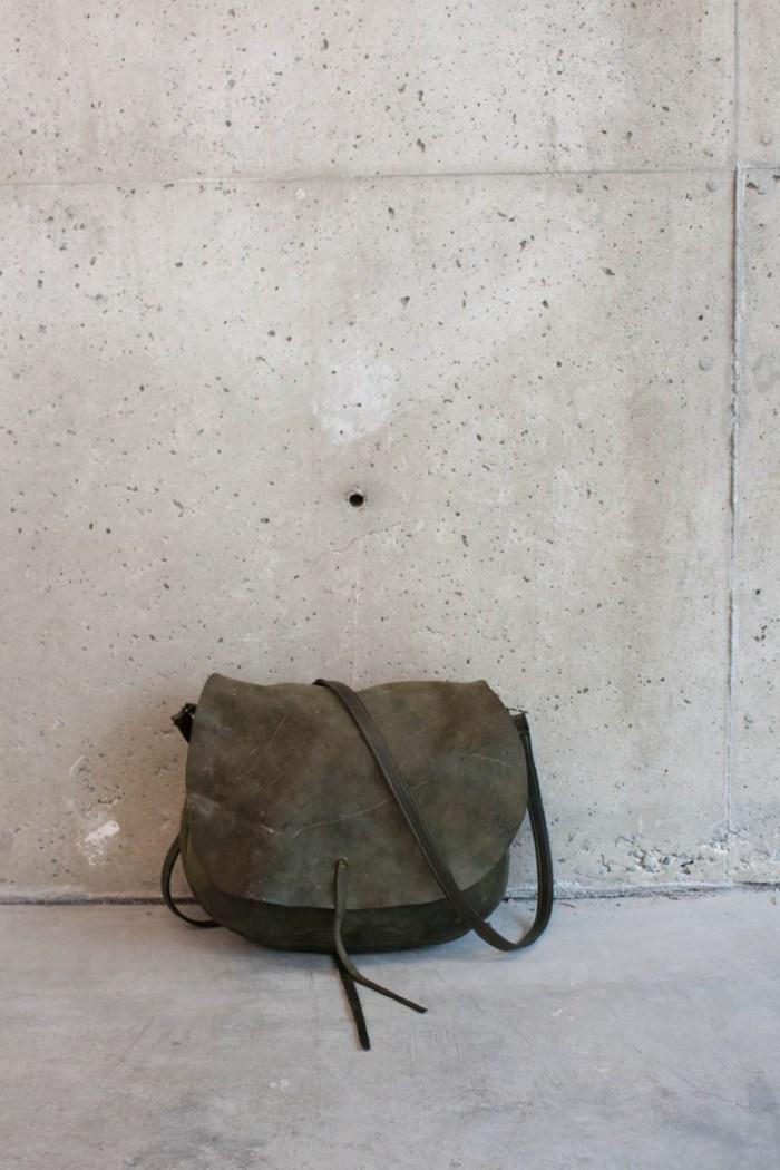sadle-bag-green-full-on-ground.jpg