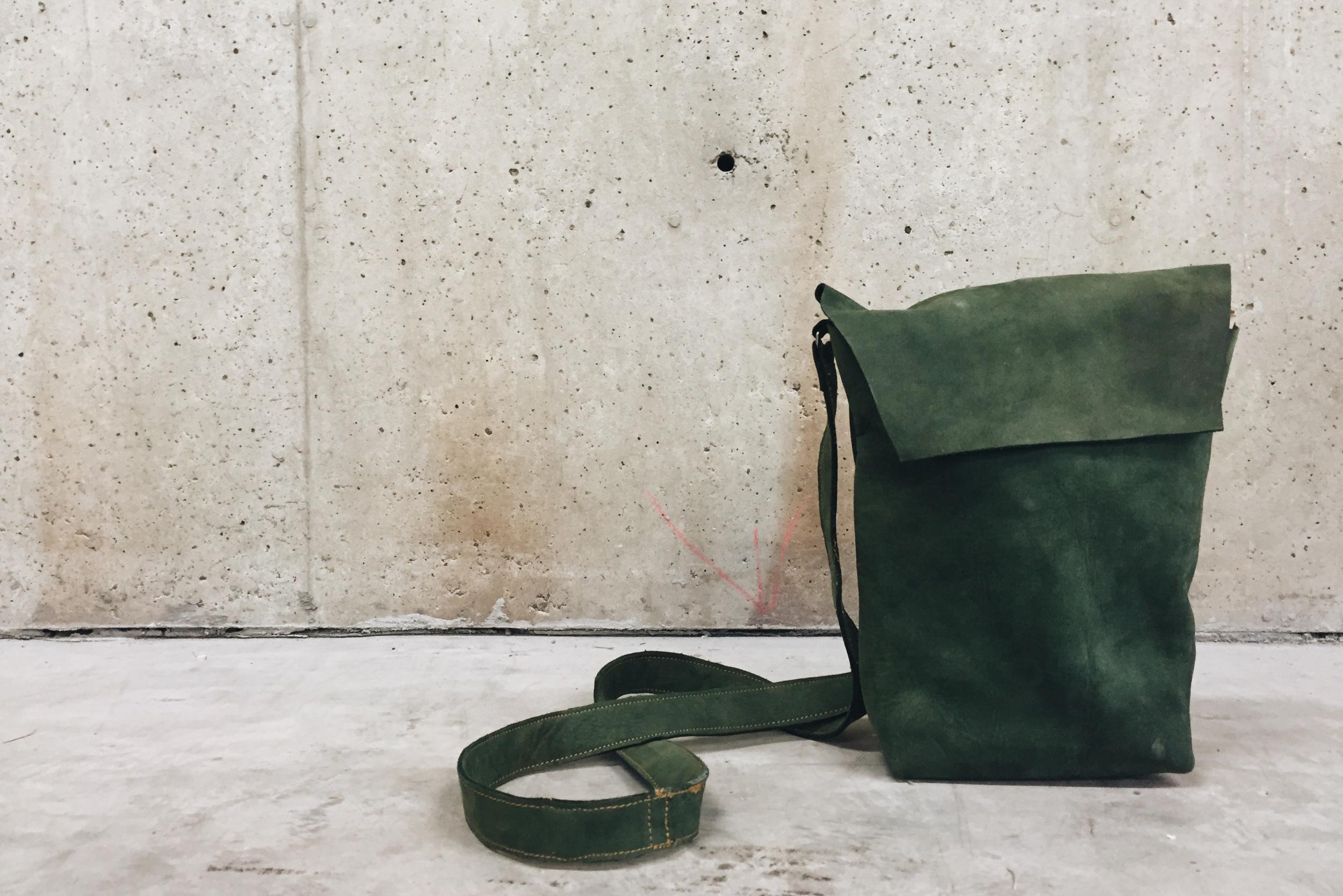 Rectangular green bag (4).JPG