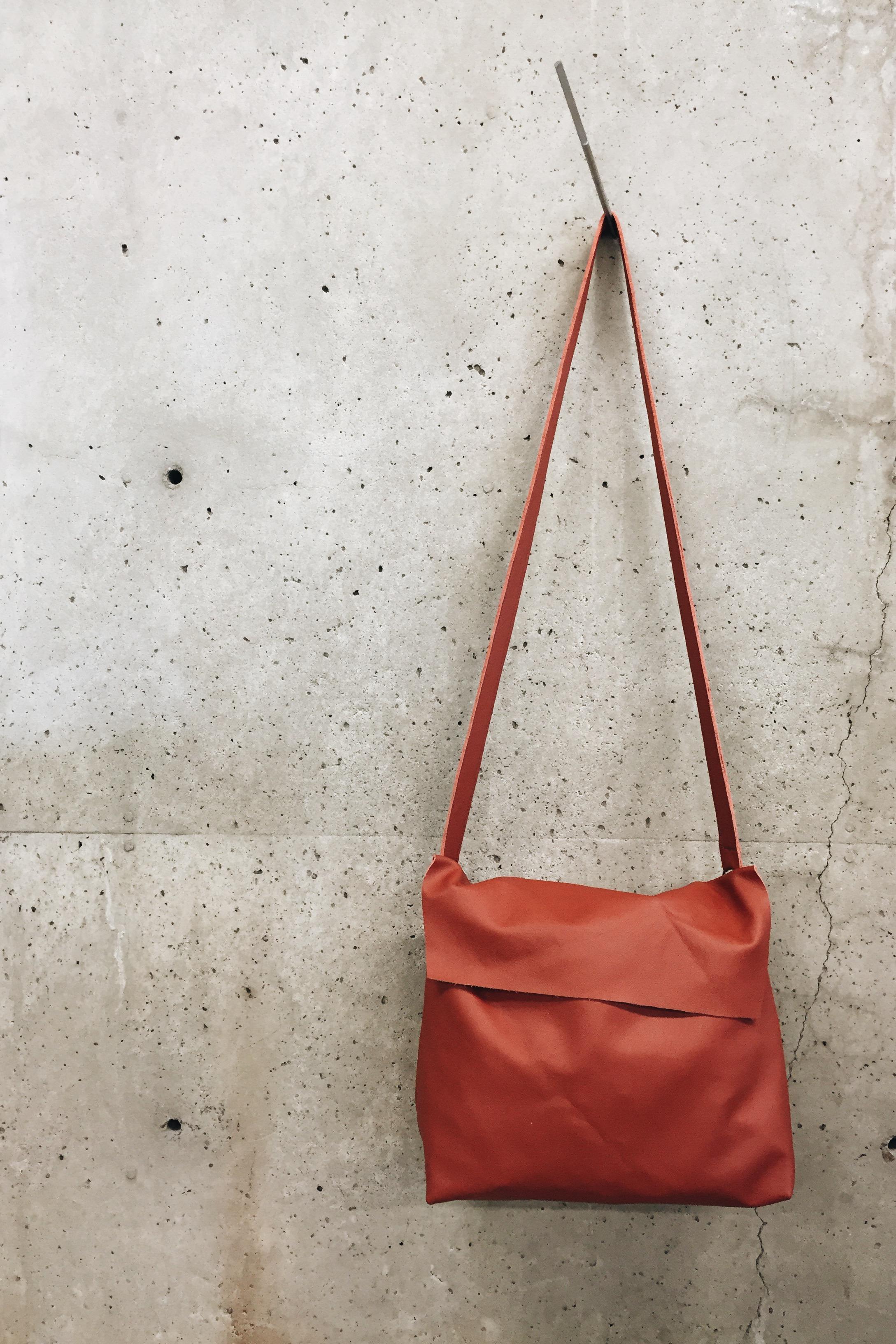 Square red bag (3).JPG
