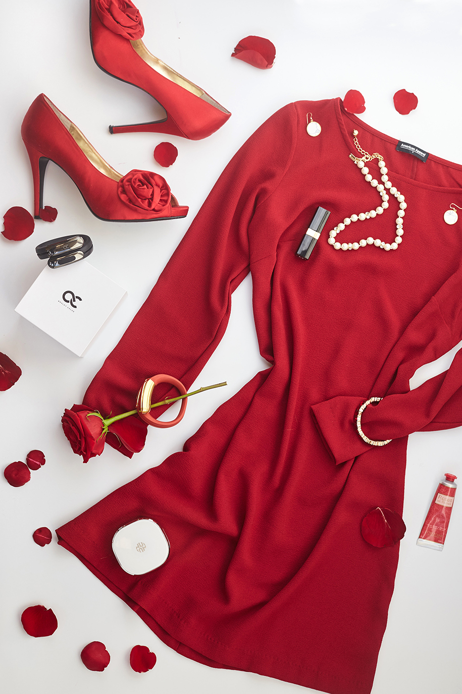 red-valentines-day-IMG_8693x933.jpg