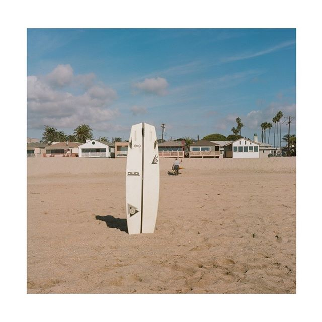 . . . . . #sealbeach #southerncalifornia #surfing #hasselblad500cm #ektar100 #kodak #hippomag  #gominimalmag  #somewheremagazine  #taintedmag #ishootfilm #imaginarymagnitude #paperjournalmag #burnmagazine #weltraumzine #oksfieldmag #surfer #dazedandexposed #mytinyatlas  #rentalmag  #anotherplacemagazine #minimalzine  #artwista_gallery #losangeles #lensculture #film-photographic #millennium_images #palepalmcollection #photo_collective #rentalmag