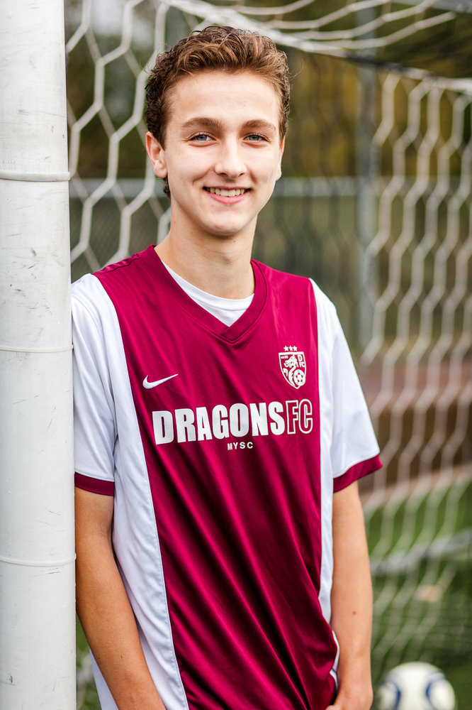 mens-Senior-portraits-seattle-spencer-wallace-photography-soccer.jpg
