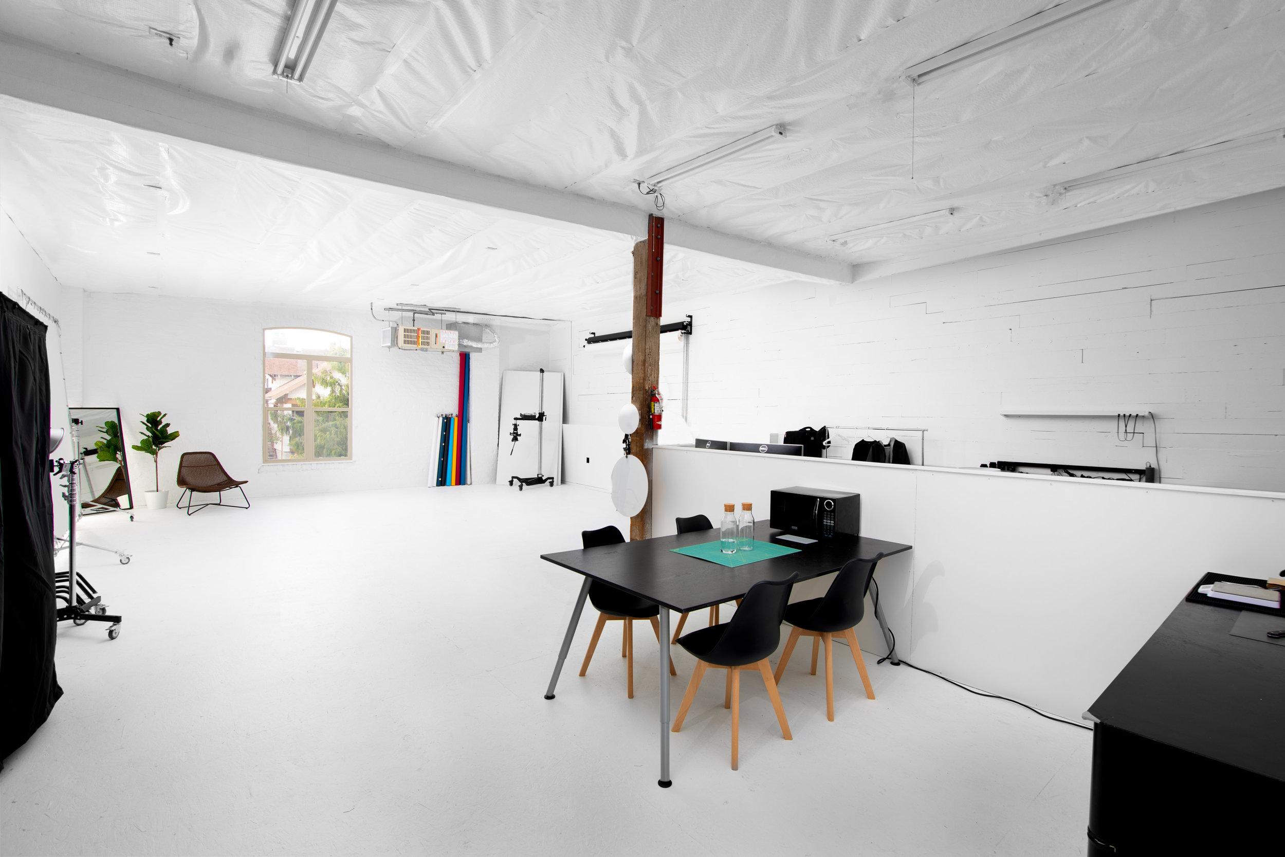 spencer wallace photo studio rental video-3.jpg