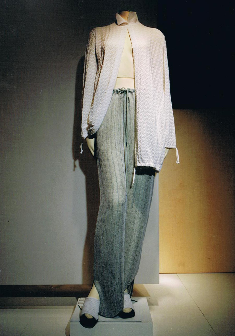 Giuliano&GiusyMarelli_Collezione-SS-2000_Romantic-Sporty-Life_18_Made-in-Italy_Maglieria_Maglia_Knit.jpg