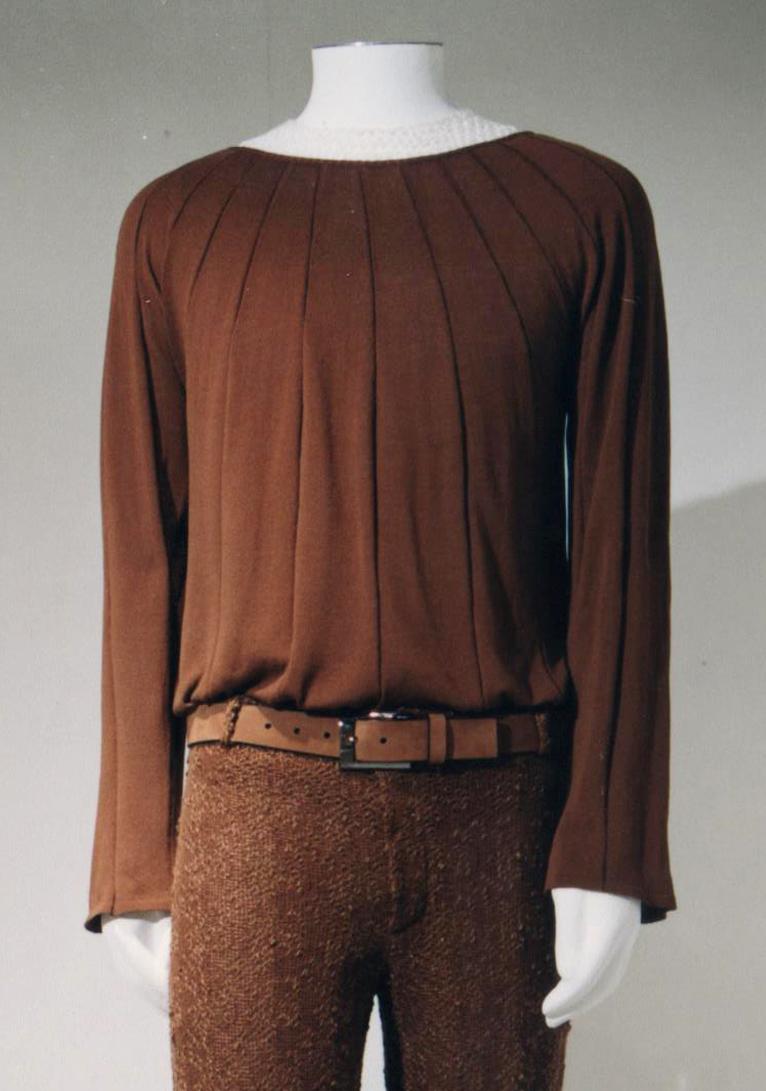 GiulianoeGiusyMarelli_ItalianSummer_2001_MadeInItaly_Knitwear_Design_Detail_14.jpg