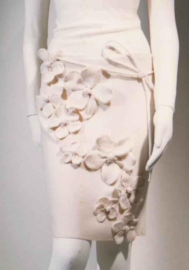 GiulianoeGiusyMarelli_ItalianSummer_2001_MadeInItaly_Knitwear_Design_Detail_7.jpg