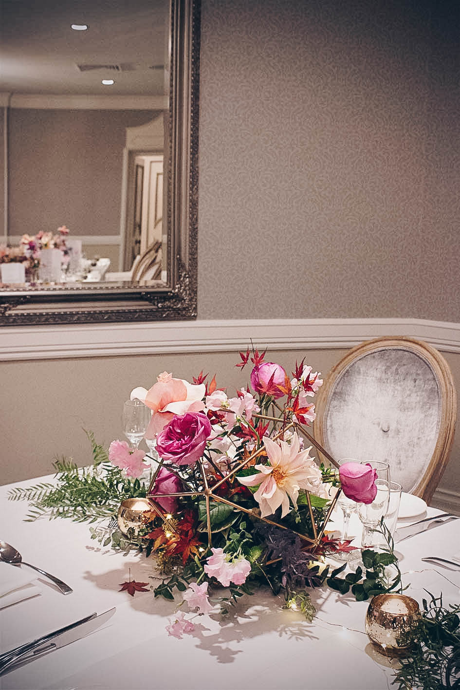 sydney-event-oatlands-house-flowers-table-centrepieces-arrangements.jpg