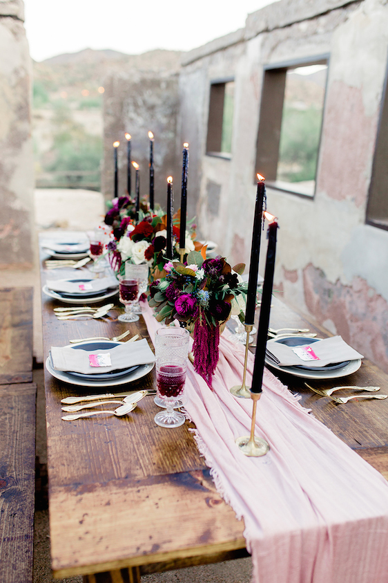 Image Credit:  Ryann Lindsey Photography  via  The Perfect Palette