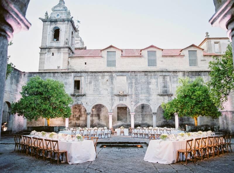 Photo by  Branco Prata  at  Pousada Mosteiro de Amares  via  Magnolia Rouge