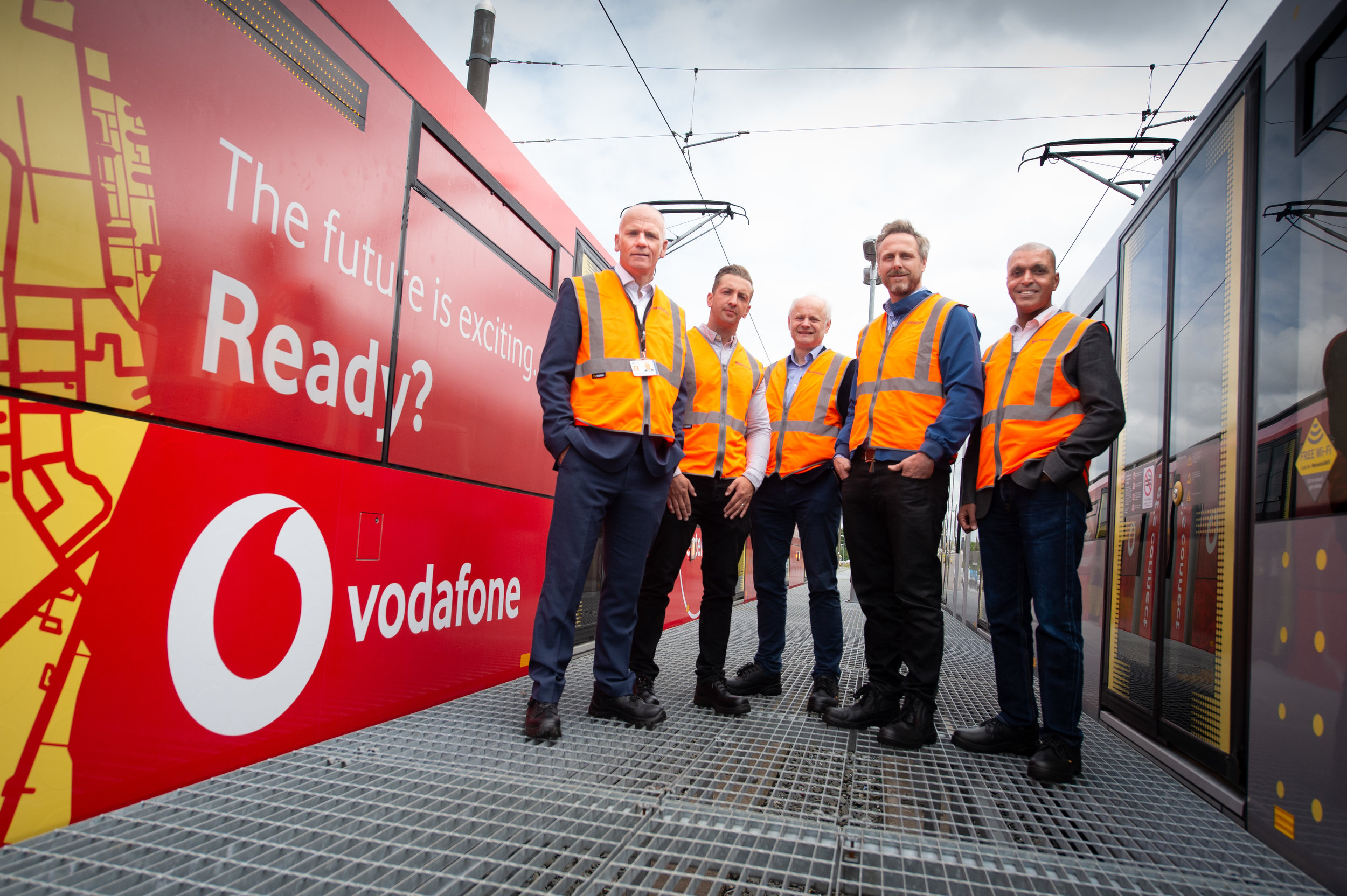 (L to R: Steve Warrener, Finance and Corporate Services Director, Transport for Greater Manchester; Jon Smith, Commercialisation Delivery Manger, Transport for Greater Manchester; Alastair Macdonald, Managing Director, PHAR Partnerships; Nick Williams, Regional Brand Marketing Manager, Vodafone; Rob Mukherjee, North West Regional Chair, Vodafone)