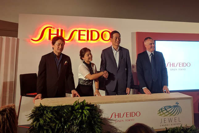 Signing ceremony: From left to right, Shiseido Chief Brand Officer Yoshiaki Okabe; Jewel Changi Airport Development CEO Hung Jean; Shiseido Group President and CEO Masahiko Uotani; and Shiseido Travel Retail President and CEO Philippe Lesné