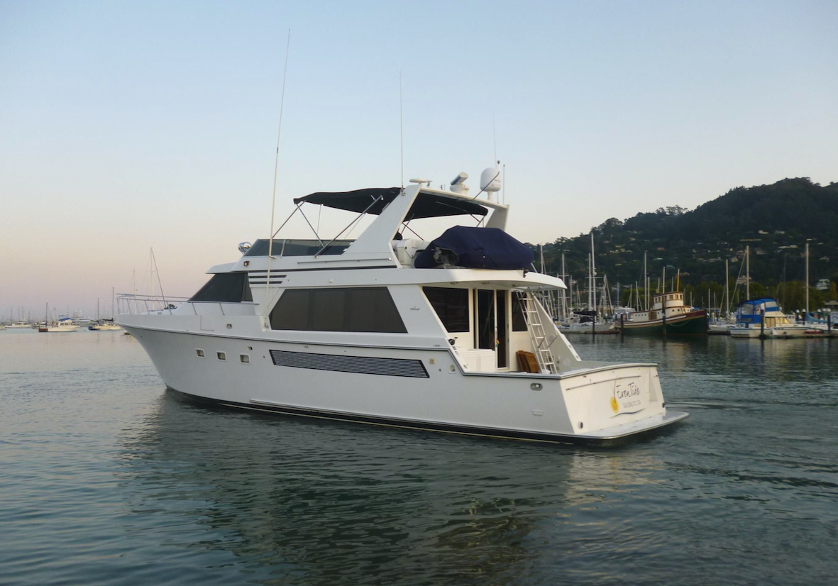 EVENTIDE   Luxury Motor Yacht with beautiful interior. Perfect for overnights. Opulent private suites. Explore the Wine Country by yacht, day, evening or weekend.   Length:  55 feet  Number of Passengers:  12
