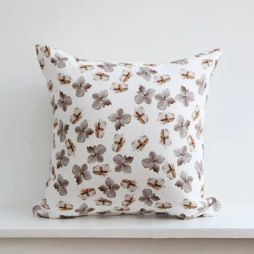 Dried Hydrangea Cushion