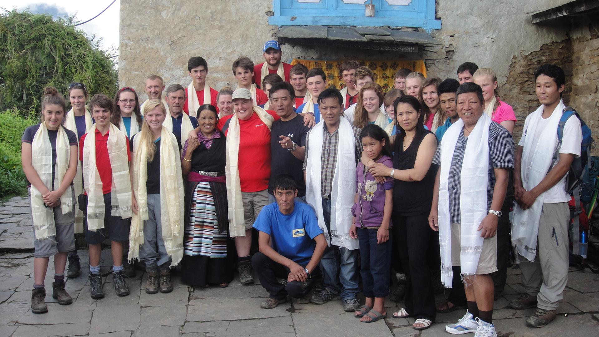 Medical_Students_Volunteer_Team_Adventure_Alternative_Nepal.JPG