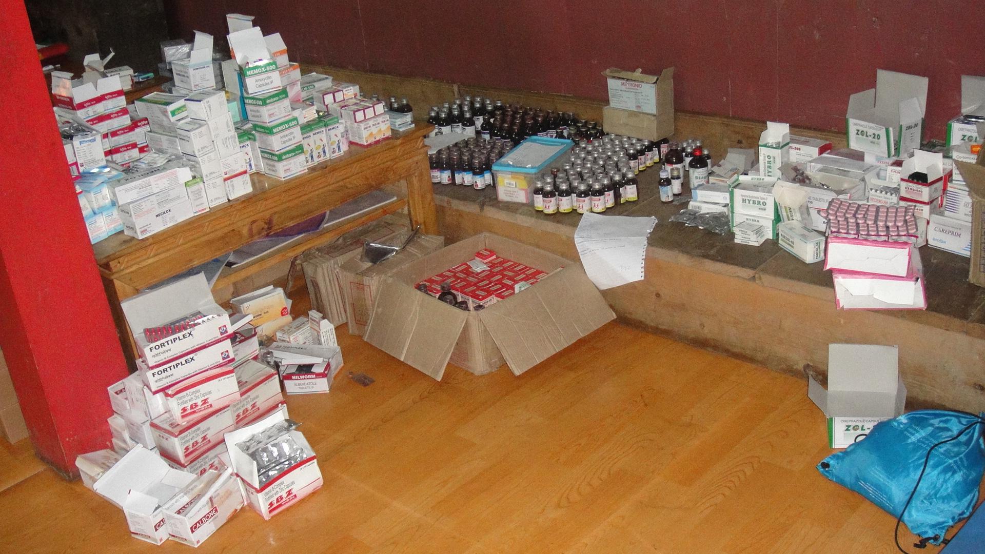 Medical_Supplies_Donation_Adventure_Alternative_Nepal.JPG