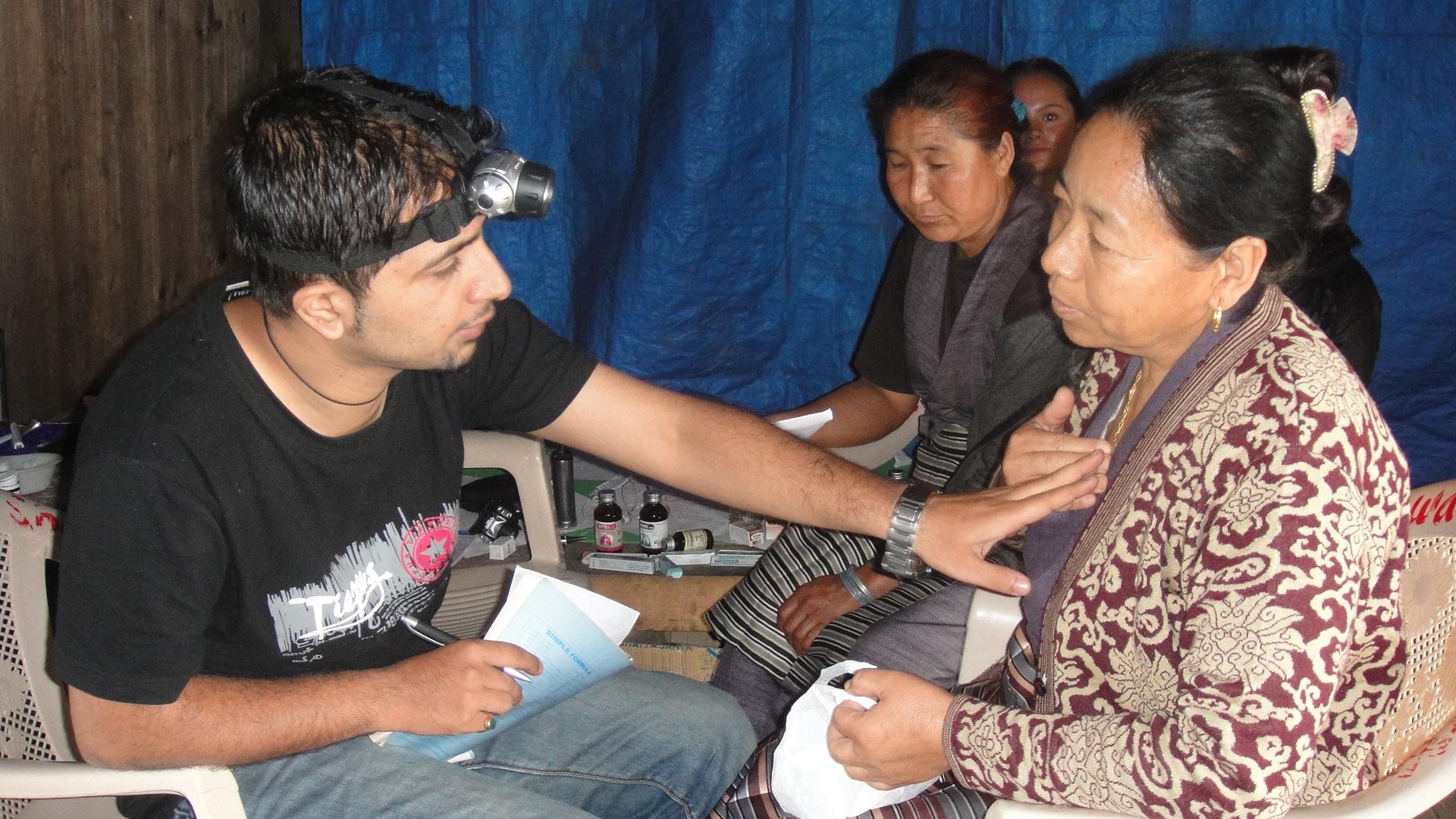 Volunteering_Students_Medical_Adventure_Alternative_Nepal.JPG